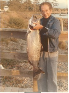 28 .lb Chinook Salmon caught at the Mouth of the Smith River